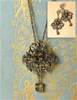 Rococo Necklace & Earrings Set