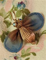 Mesh Bee Brooch
