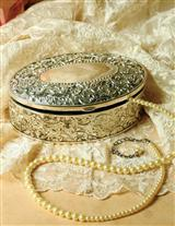 Eugenie Jewelry Box