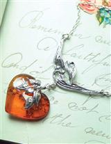 Warm Heart Amber Necklace