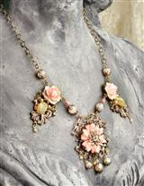 Bakelite Rose Fleurs & Filigree Necklace