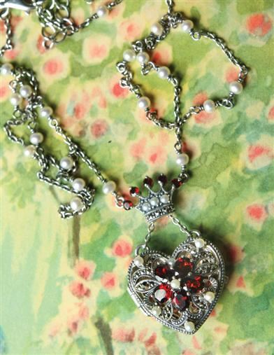 Ruling Heart Locket