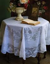 Clover Lace Tablecloth