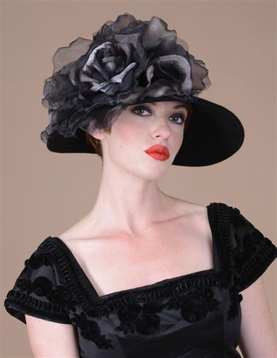 Louise Green Maudie's Magnificent Hat