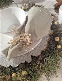 Ice Landia Pearl Trimmed Napkin